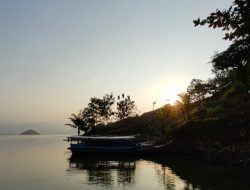 Tegal Jarong Tawarkan Keindahan Panorama Waduk Jatigede di Pesisir Utara